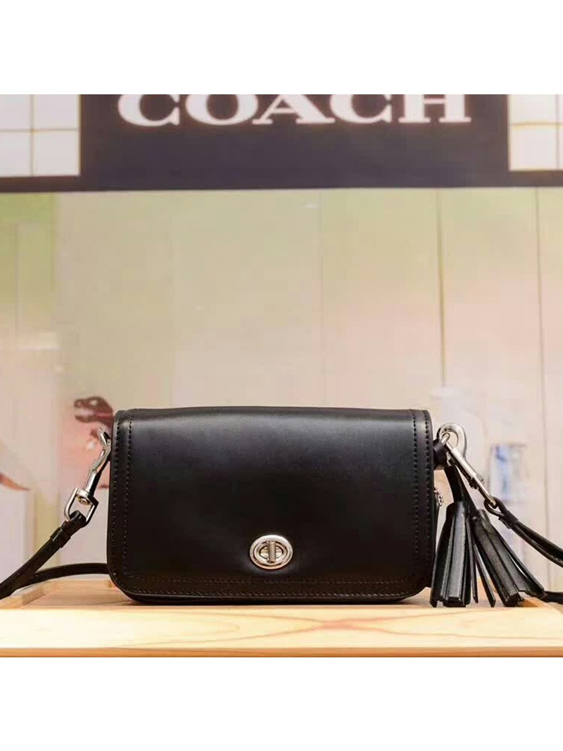 Coach Penny Shoulder Purse in Glovetanned Leather Black