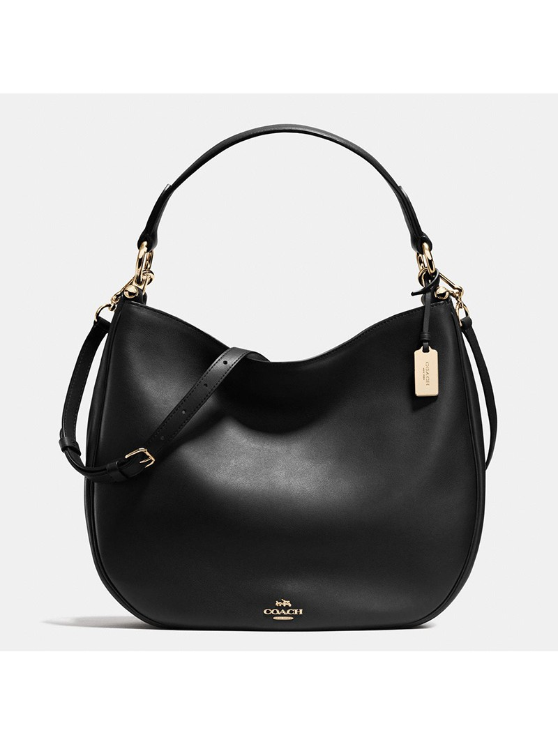 Coach Nomad Hobo In Glovetanned Leather Black