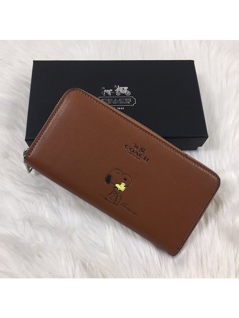 Coach X Peanuts Accordion Zip Wallet In Calf Leather Brown